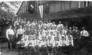 """Und hier die Burschenschaft """"Frohsinn 1928"""" ein Jahr nach ihrer Gründung."""