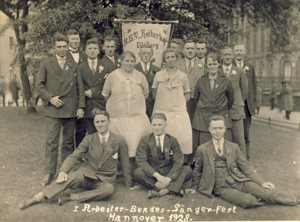 16 Sänger in Hannover 1928 (3)kl